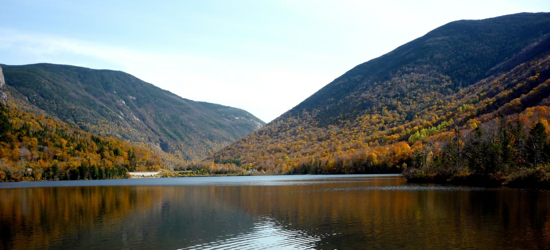 Franconia Lake in New Hampshire - USA Travel Guide.
