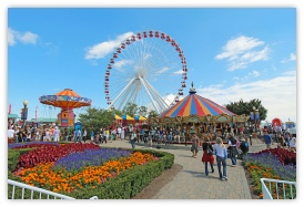 Plan your trip to the Navy Pier, Chicago  with America The Beautiful